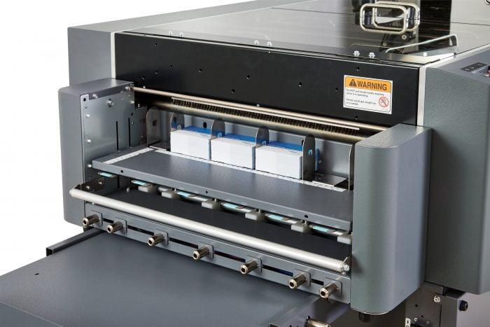 Duplo DC746 cardcutting