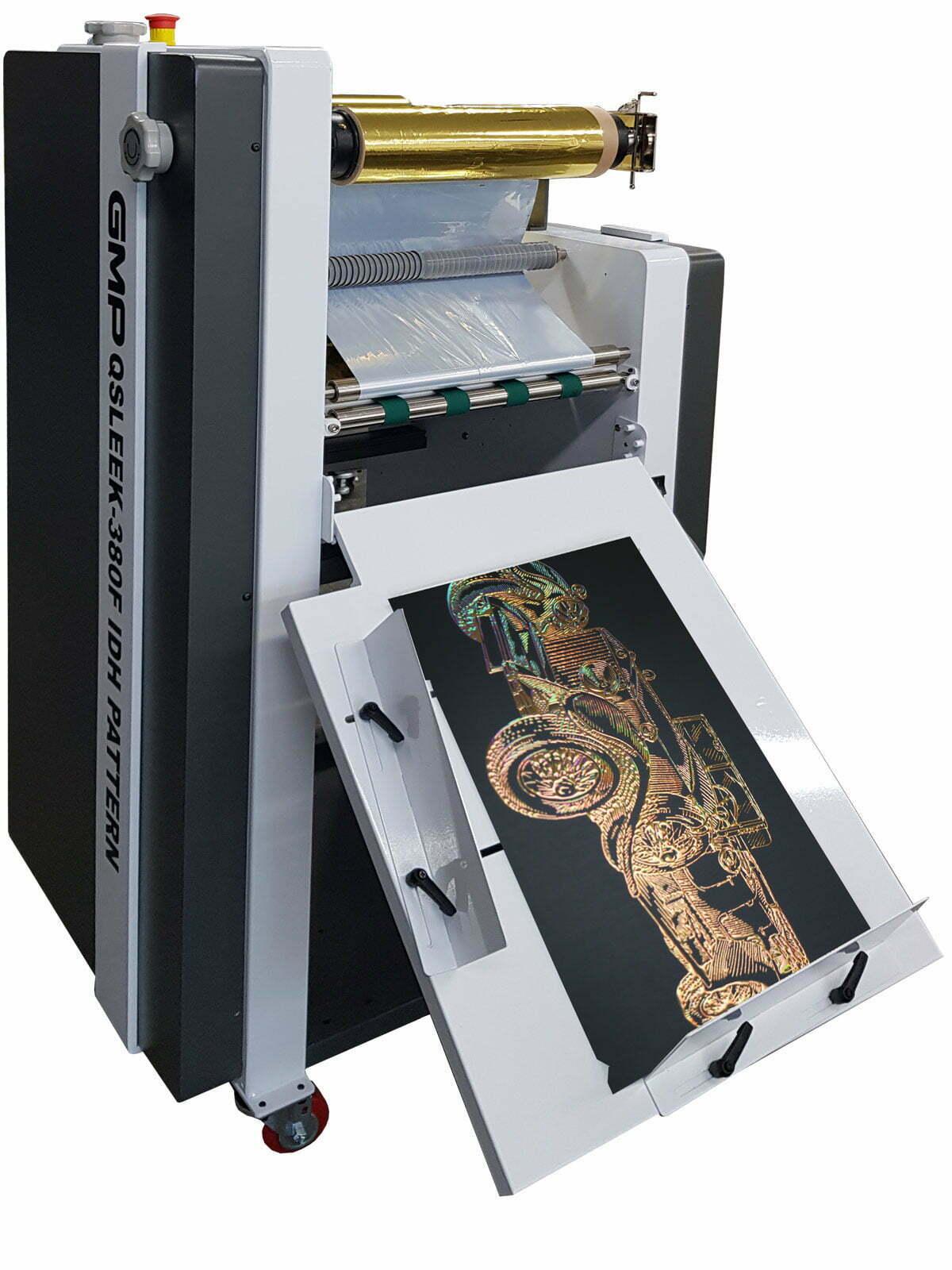 header-img-product-gmp-qsleek-380-idh-voegt-3d-folie-toe-aan-duplo-dusense-spot-uv-coating